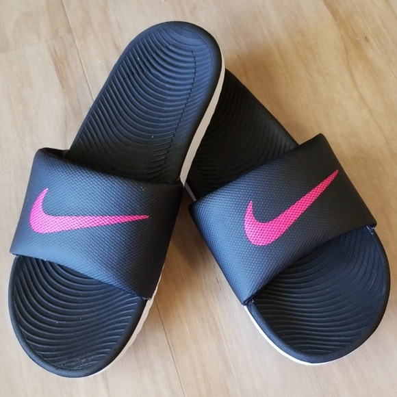 Nike Shoes   Womens Nike Slides